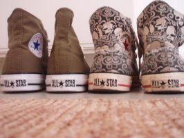 My lovely converse by mento0os