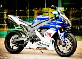 Yamaha R6 by Satishfaction