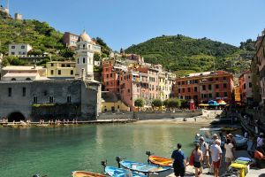 Vernazza harbour 1 by wildplaces