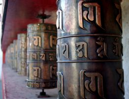Prayer Wheels by kitsune-no-gekokujou