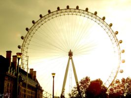 London eYe by spaceshiningXY