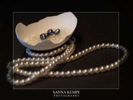 Pearls by Elithenia