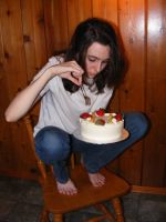 _L_with cake by Chick-with-a-pencil