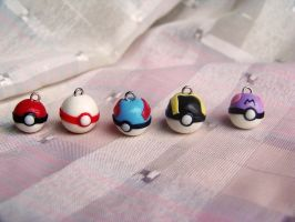 pokeballs by CuteTanpopo