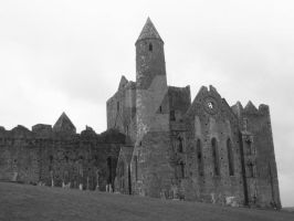 Rock of Cashel by GisaPizzatto