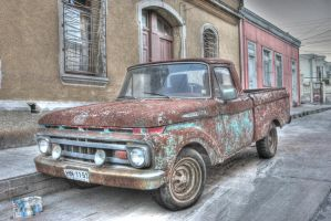 Truck HDR by GetterDragon