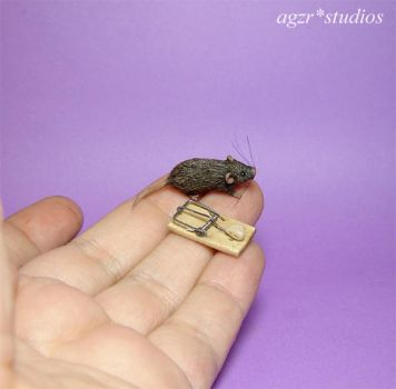 1:12 miniature mouse rat and trap handmade by AGZR-STUDIOS