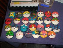 Pokeball Cuppycake Anyone? by Sezehl