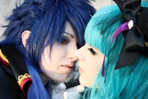 .:Vocaloid: Aren't you a beauty:. by CatZombie