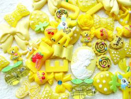 50 Yellow MIX Cabochons Pack by souzoucreations