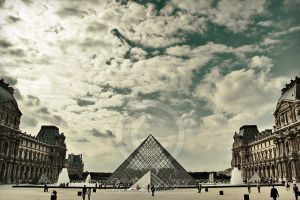 sky over louvre by Finvara