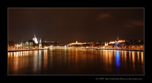 Night View by Behindmyblueeyes