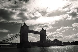 TowerBridge by DracRoig