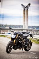 Ducati Streetfighter S - 2 by Makavelie
