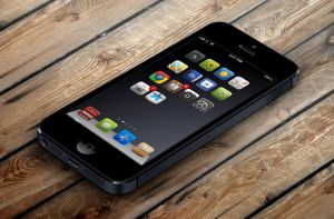 Old Iphone 5 homescreen by drpoup