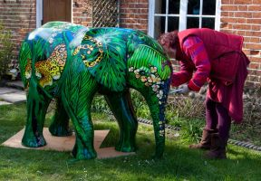 Elephant statue jungle bodypaintingbycat  painted by Bodypaintingbycatdot