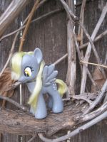 A Derp in the Branches by Imsya
