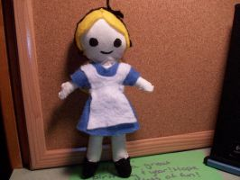 Alice In Wonderland Plushie by spastic-fantastic