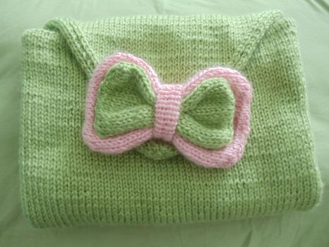 Baby Blanket and Bow by RogarinPrincess