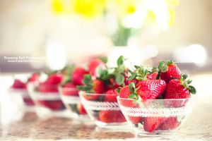 Juicy Strawberries - Day 81 by rosannabell