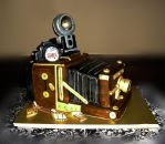 Vintage Camera Cake by TiffsWickedCakes