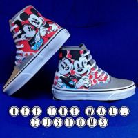 Mickey and Minnie Mouse custom Vans by VeryBadThing