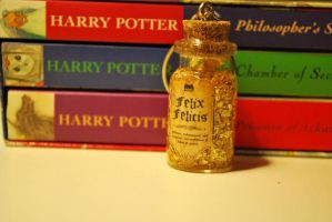HP Potion: Felix Felicis by 11faced