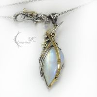 MILANTIEERH - yellow gold , silver,moonstone by LUNARIEEN