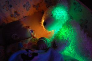 Glow Bear 1 by Davring