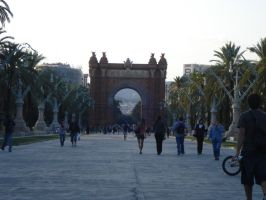 barcelona's triumph arch 2 by S-L-J-Rabling
