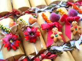 Luxury Christmas Crackers, Polymer Clay Christmas by cynamonspice