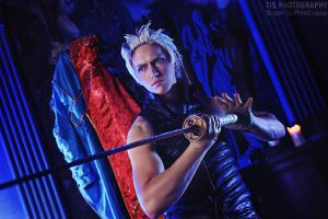 Vergil cosplay  - Devil May Cry 3 by Aoki-Lifestream