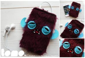 TOMO YETI - GRUBB - iPhone iPod Case by TomodachiIsland