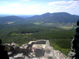 Lo, the view of a fortress Salgo by Goosequillian