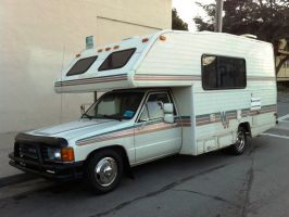 1988 Toyota 22RE Winnebago motorhome RV by Partywave