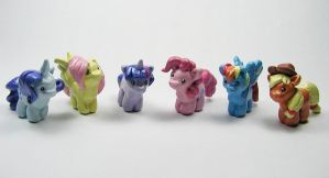 Mini My Little Pony Sculptures by LeiliaK