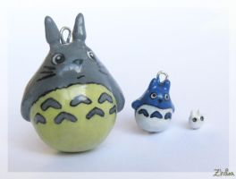 The Totoro Family by Zhoira
