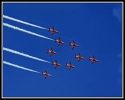 More Red Arrows by lizzyr