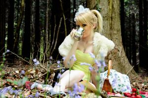 Stop for a drink in Wonderland by Jade-Rat
