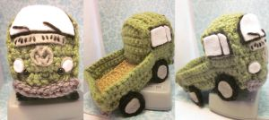 Volkswagen VW 1968 Pickup Bus Retro Amigurumi by Spudsstitches