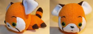 plushiluv: red panda by MagnaStorm