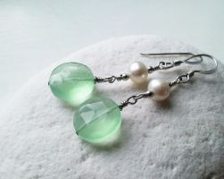 Minty Green Chalcedony and Pearl Earrings by QuintessentialArts