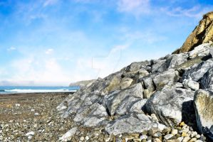 beach and boulders at ballybunion by morrbyte
