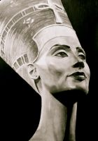 Nefertiti by Benedicte96