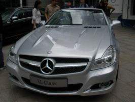Front view - Mercedes by abolatinge