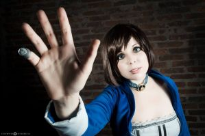 Are you real? - Elizabeth Cosplay . by Thecrystalshoe