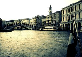 Rialto Bridge,Venice.. by The--Dark--Knight