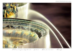 Paris fountain - 001 by laurentroy