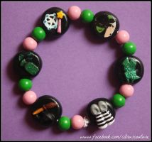 NEW Wicked the Musical themed bracelet by citruscouture