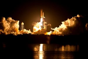 Go Discovery STS-131 by hansepe